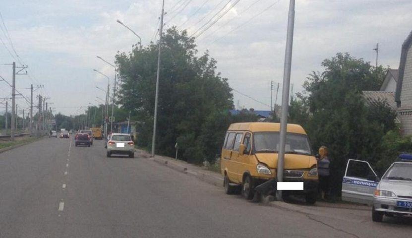 В Ессентуках водитель маршрутки во время движения умер от сердечного приступа