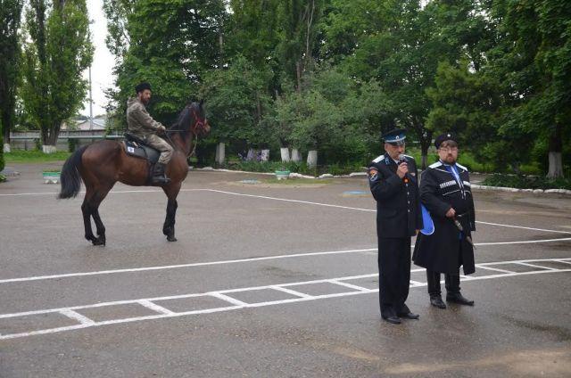 В Михайловске открылась казачья конно-спортивная секция