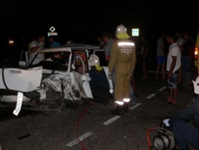 В Ставропольском крае столкнулись две легковушки, есть пострадавший