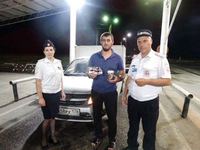 На стационарных постах Ставрополья водителям предлагают проверить здоровье и выпить бодрящего кофе