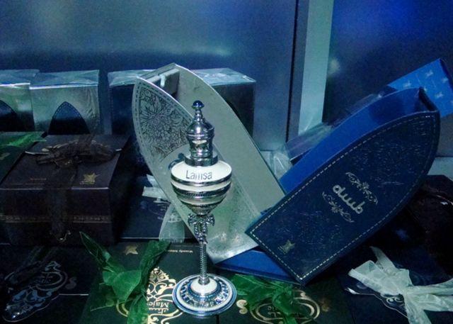 28 флаконов арабского парфюма для «личных целей» задержаны на Минераловодской таможне
