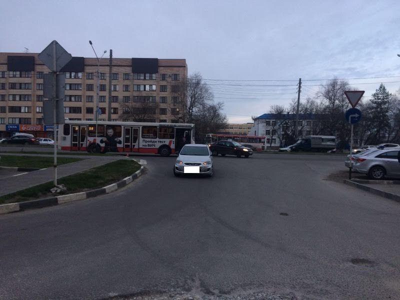 ВСтаврополе иностранная машина протаранила пассажирский автобус: пострадал 5-летний ребенок