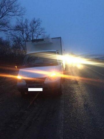 В Ставропольском крае водитель грузовика сбил мужчину