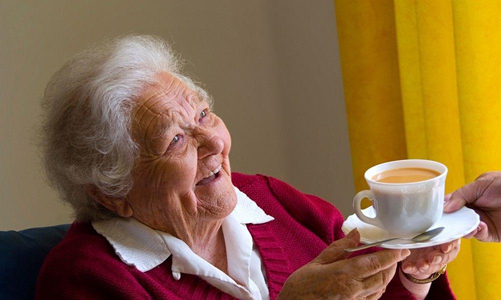 Учёные выяснили, что шоколад, чай, кофе и вино замедляют старение