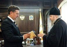 Валерий Гаевский провел встречу с епископом Ставропольским и Невинномысским