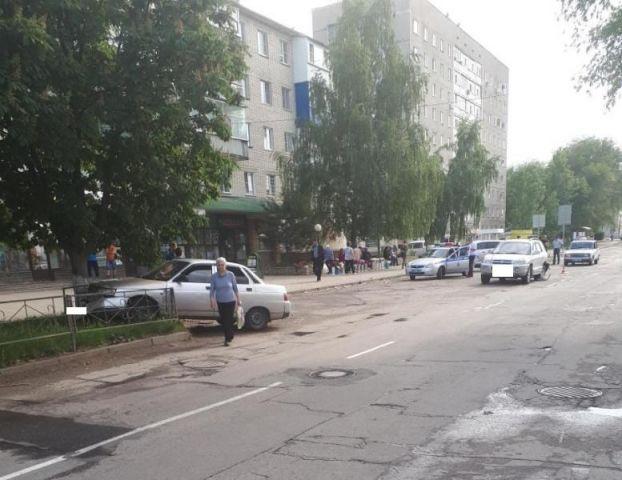 17-летний ставрополец без прав устроил ДТП на автомобиле отца