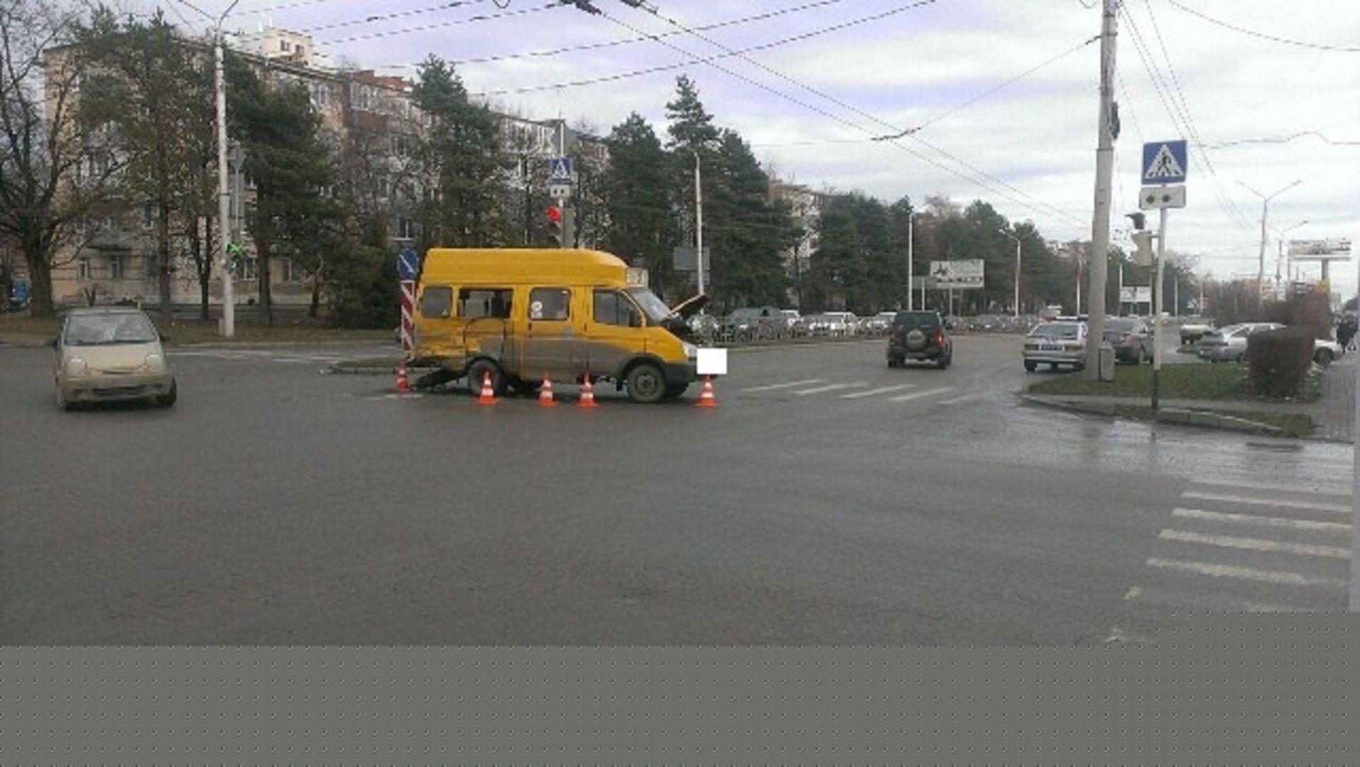 Две маршрутки столкнулись вСтаврополе, пострадали 5  человек