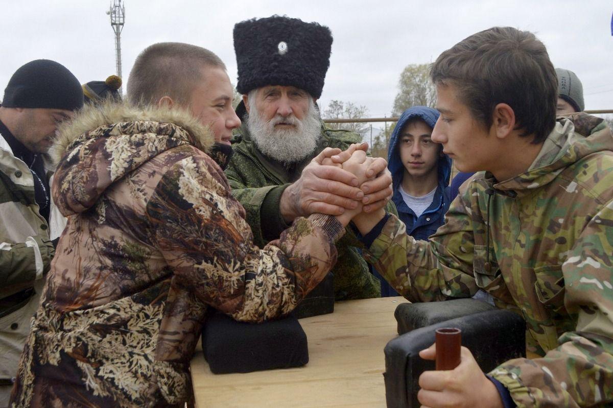 Казаки Степновского района провели юбилейные XX молодёжные игры