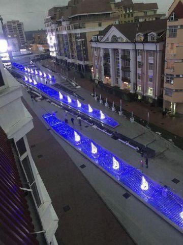 Фонтаны из светодиодов появились в центре Ставрополя