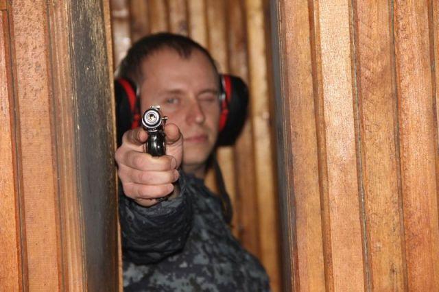 Сотрудники краевой полиции соревновались в стрельбе из боевого оружия