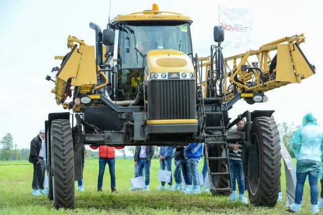 Аграриям Ставрополья презентовали новейшие разработки в области тракторостроения