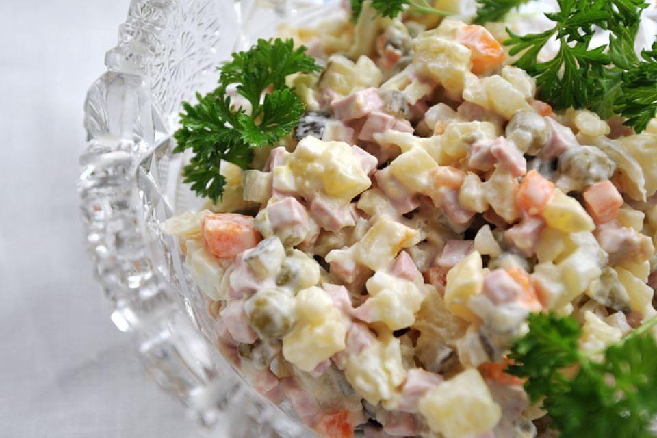 Новосибирцы предпочитают сельдь под шубой салату оливье