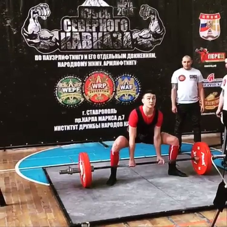 Житель Ставрополья стал победителем всероссийского турнира по пауэрлифтингу и народному жиму
