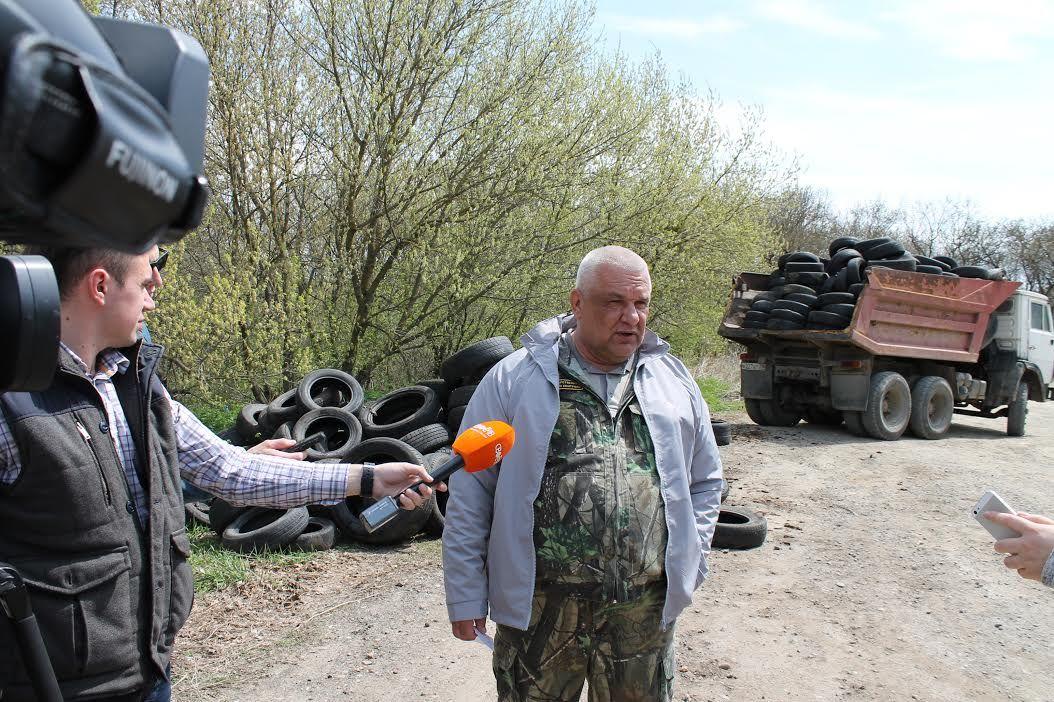 «Кладбище старых покрышек» вСтаврополе выявили и устранили члены ОНФ