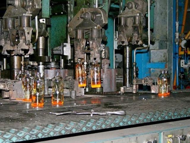 В Новоалександровске возобновили выпуск медицинского стекла