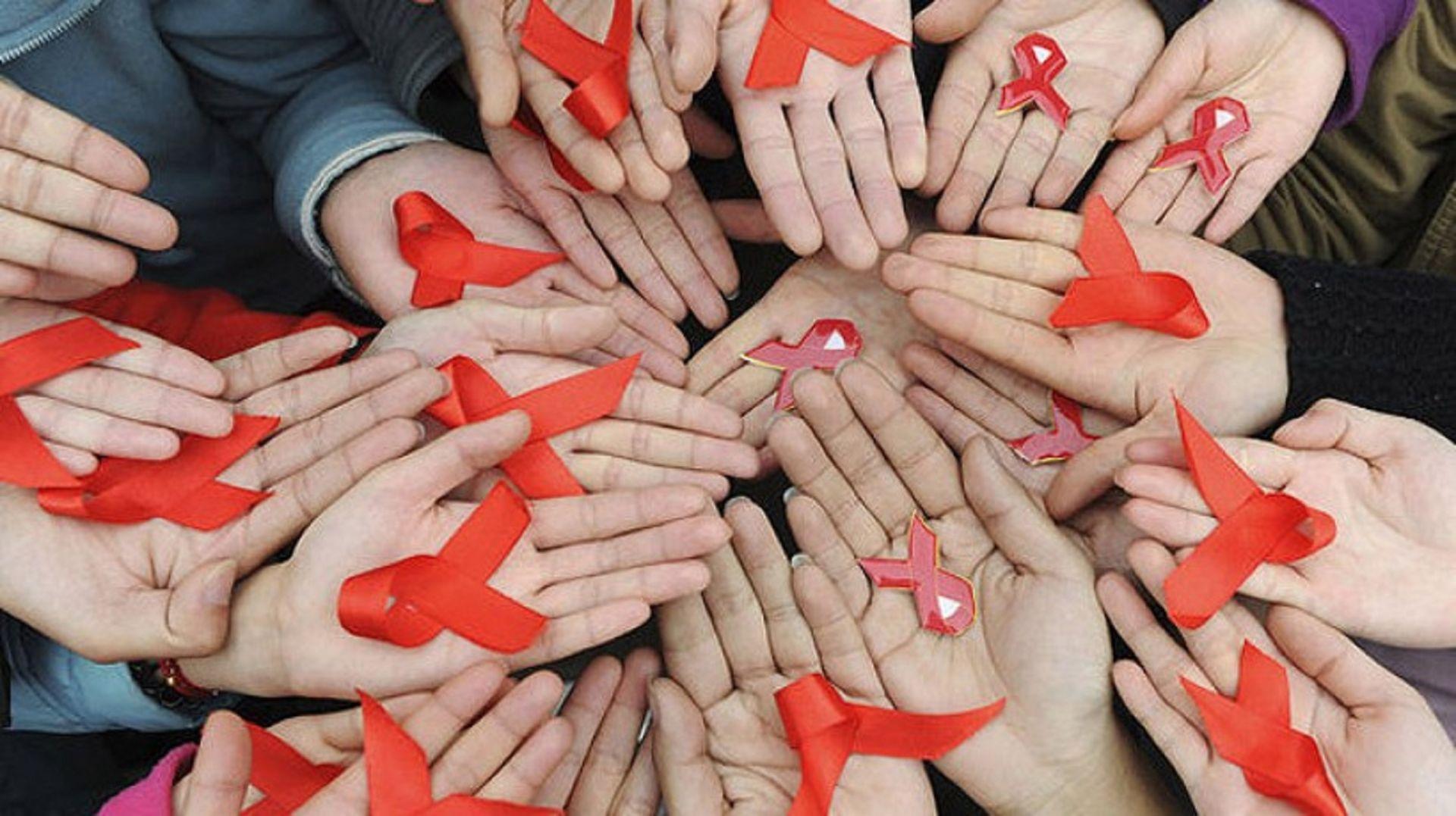 КабминРФ выделил 2,28 млрд руб. для инфицированных ВИЧ игепатитом