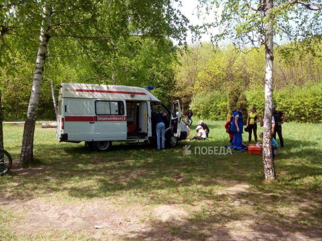 Парашютист жёстко приземлился во время показательных выступлений в Ставрополе