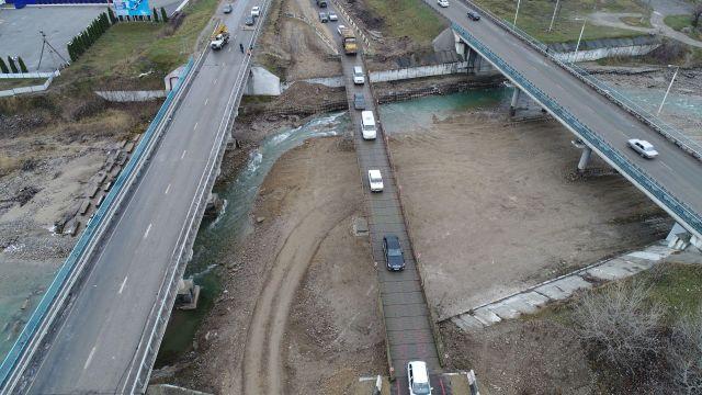 В Кабардино-Балкарии запущено движение по временному мосту автодороги «Кавказ»