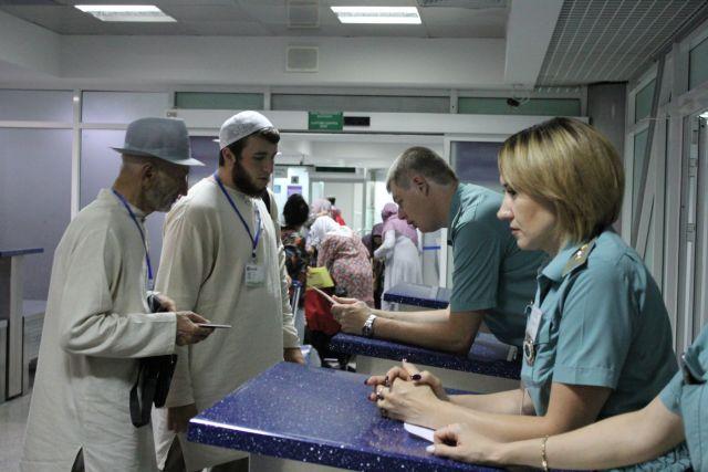 Более сотни мусульман отправились в хадж из минераловодского аэропорта