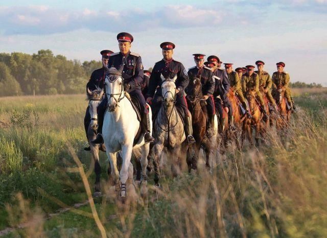 Казаки Ставрополья вышли в трёхдневный конный переход в честь 440-летия Терского войска