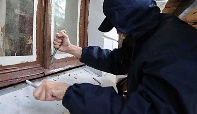 Жителю Ставрополья грозит до шести лет тюрьмы за кражу компьютерной техники