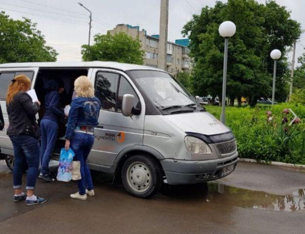 В пострадавших от паводка районах Ставрополья начал работу мобильный офис МФЦ