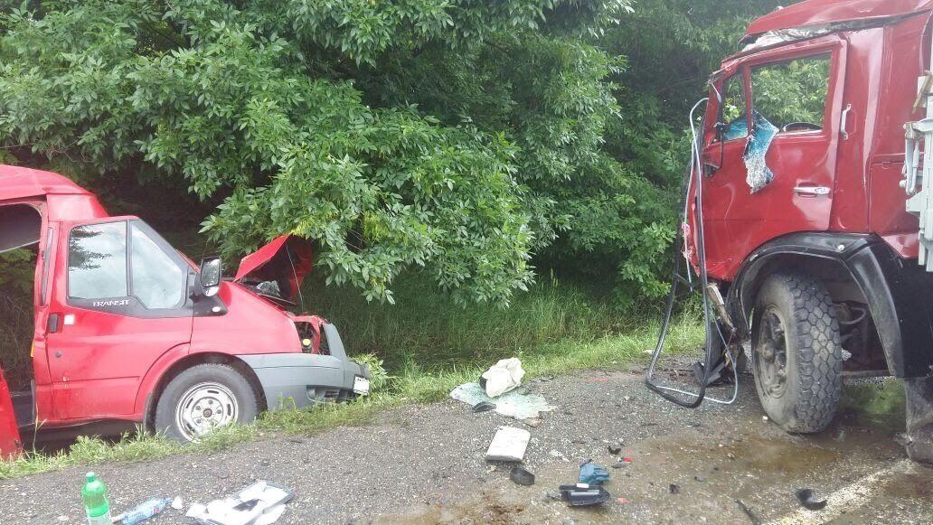 Опубликовано фото страшной аварии с двумя погибшими на трассе «Кавказ»
