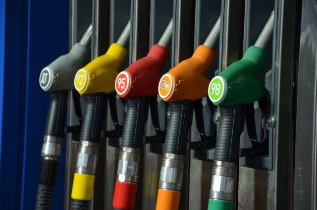 В России зафиксируют цены на бензин