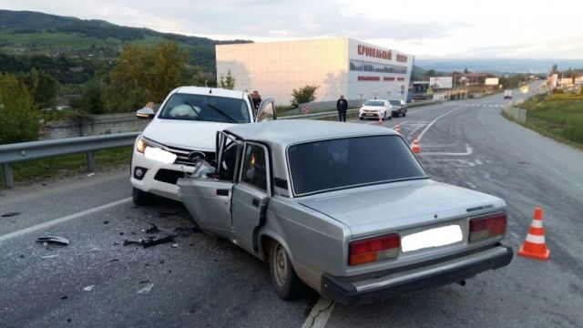 На Ставрополье в лобовом ДТП погиб водитель