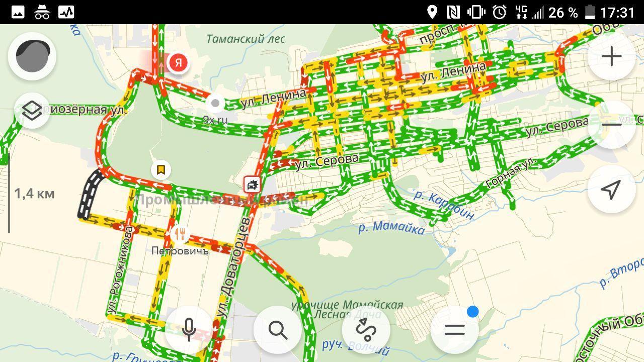 Автомобилисты Ставрополя встали в большую «пробку»