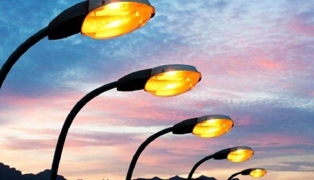На улице Тухачевского Ставрополя зажглись новые уличные фонари