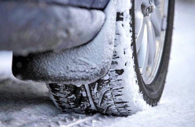 Госавтоинспекция Ставрополья настоятельно рекомендует автомобилистам сменить летний вариант резины на зимний