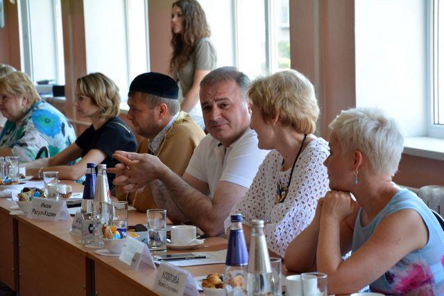 Общественный совет Ставрополя одобрил концепцию праздничного оформления города