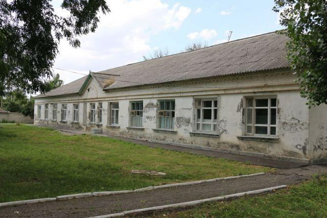 Депутаты Думы Ставрополья посетили объекты незавершённого строительства в сфере здравоохранения
