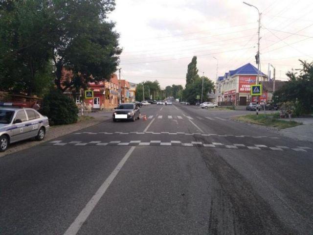 В Ставропольском крае водитель легковушки сбил школьницу