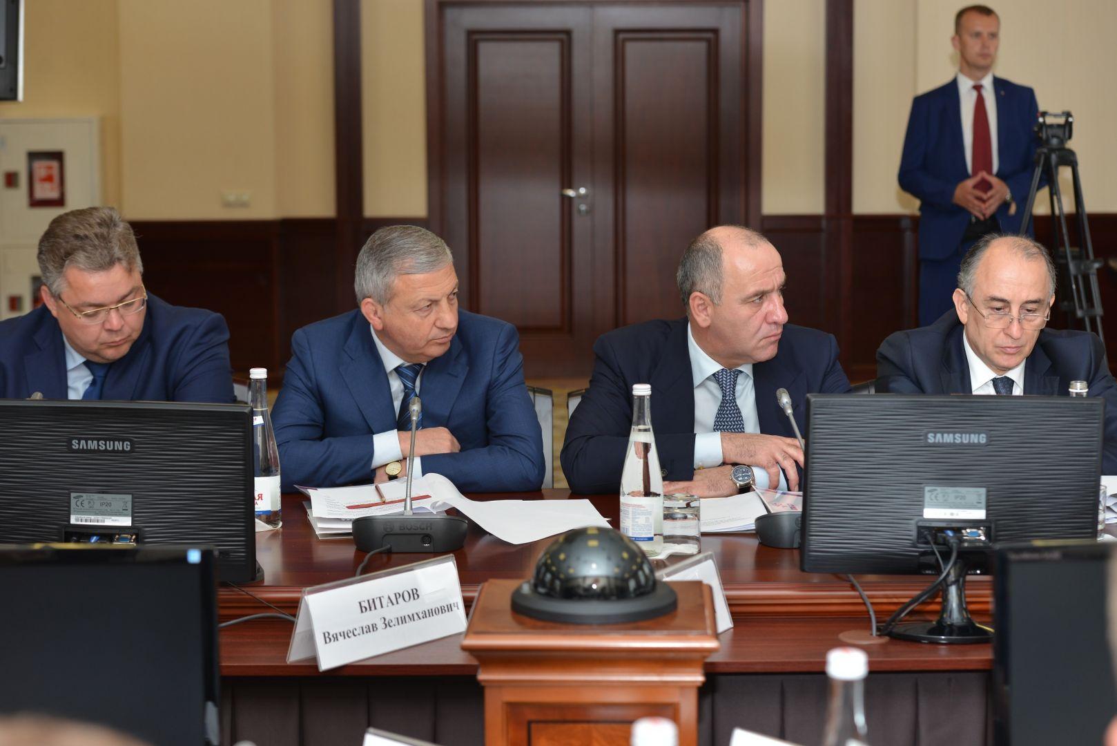 Губернатор Ставрополья принял участие всовещании СКФО повоенно-патриотическому воспитанию