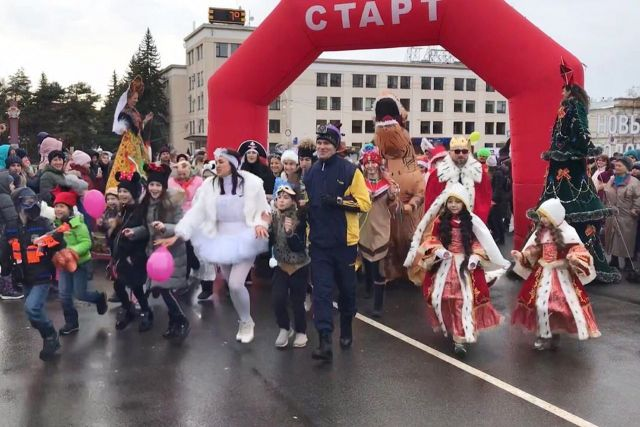 В Ставрополе прошёл забег в новогодних костюмах