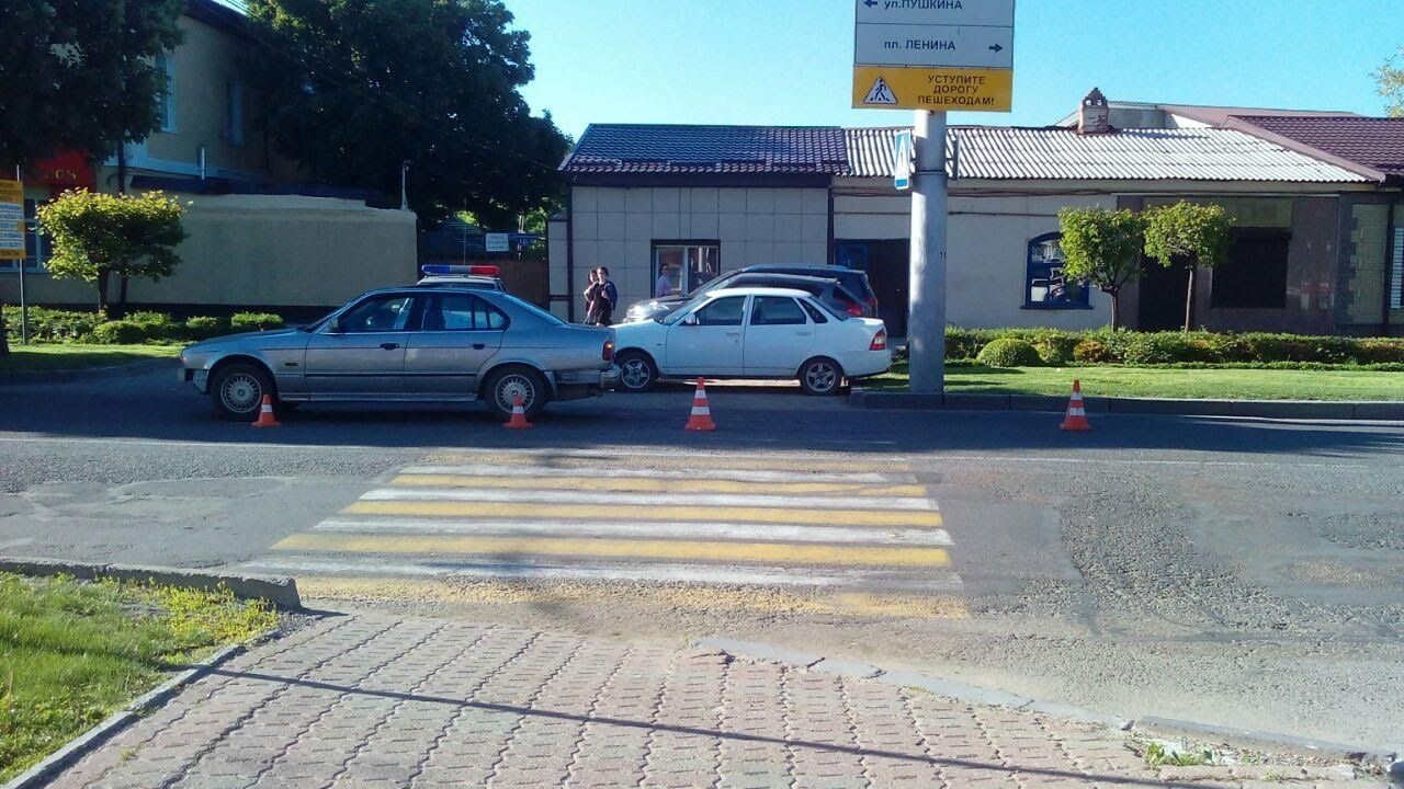 2-х  школьниц изСтаврополя сбил шофёр  на БМВ