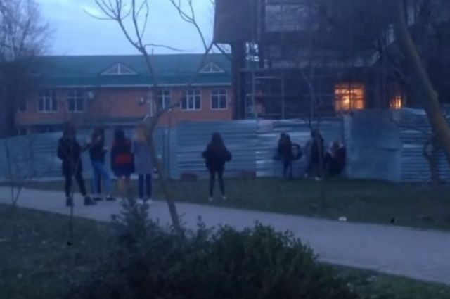 В Ставропольском крае школьницы жестоко избили сверстницу