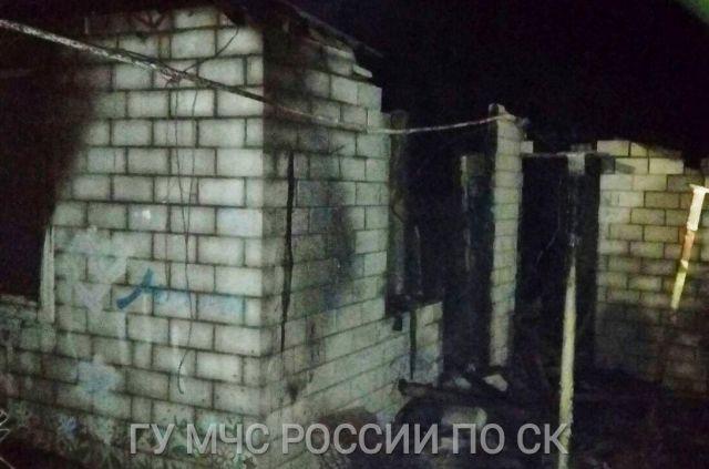 На Ставрополье загорелся частный дом, есть погибший