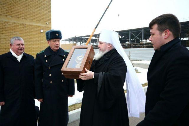 Ковчег с частицей мощей святого великомученика Георгия Победоносца передан в Ставропольский филиал Голицынского пограничного института ФСБ