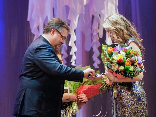 В Ставрополе вручили автомобили лучшим женщинам года