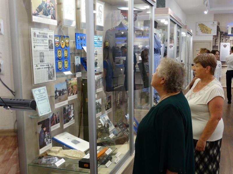 Жители Ставрополя познакомились с историей краевых полицейских в музее органов внутренних дел