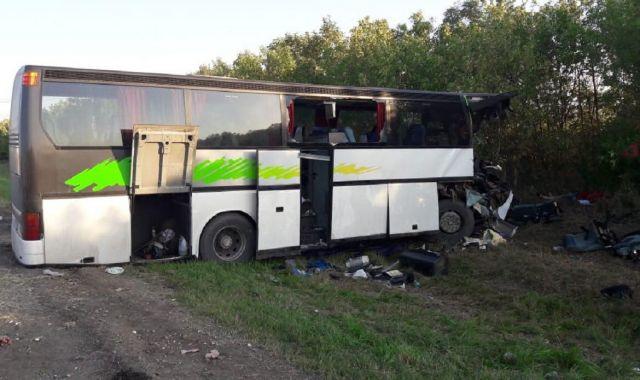 В Ставропольском крае столкнулись рейсовый автобус и грузовик, есть погибшие