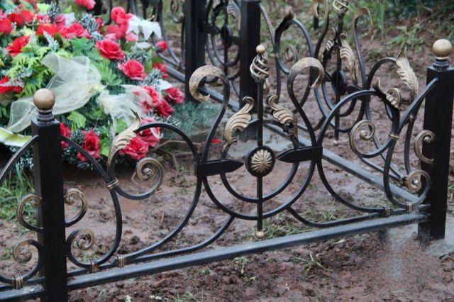 Ставропольский рецидивист сдавал в металлолом краденные оградки с кладбища