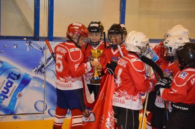 Ставропольские хоккеисты победили в новогоднем межрегиональном турнире