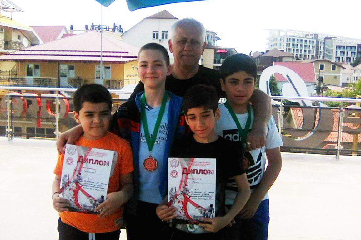 Ставропольские каратисты привезли две медали из Краснодарского края