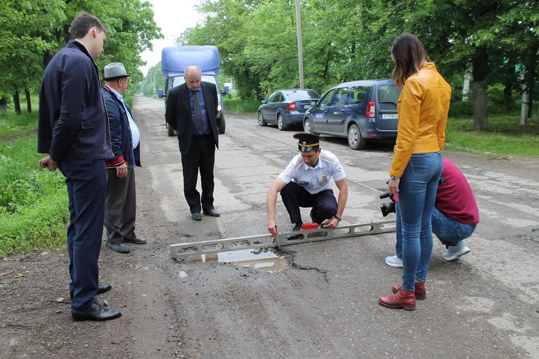 Народный фронт: В Георгиевске нанесли дорожную разметку без тендера