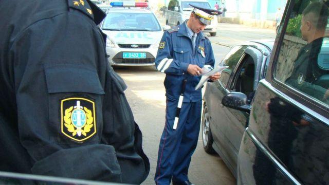 Более трёх тысяч должников посетили на дому приставы и автоинспекторы Ставрополья