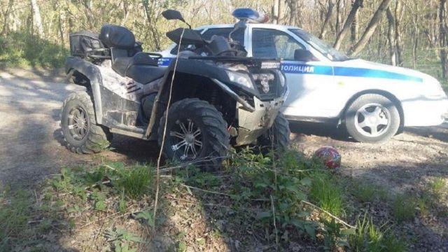 В Ставропольском крае снегоболотоход врезался в дерево